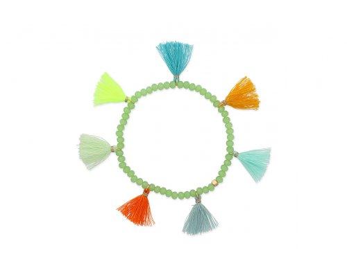Grünes glasperlenarmband mit bunten Tasseln