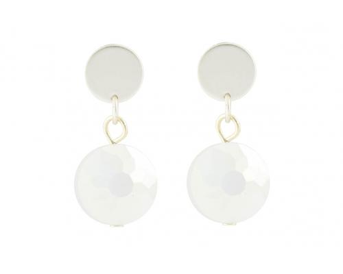 Silberfarbene Ohrhänger mit einem weißen Stein